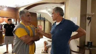 Photo of Επίσκεψη του πατέρα Βεζένκοφ και συνομιλία με Γιαννάκη