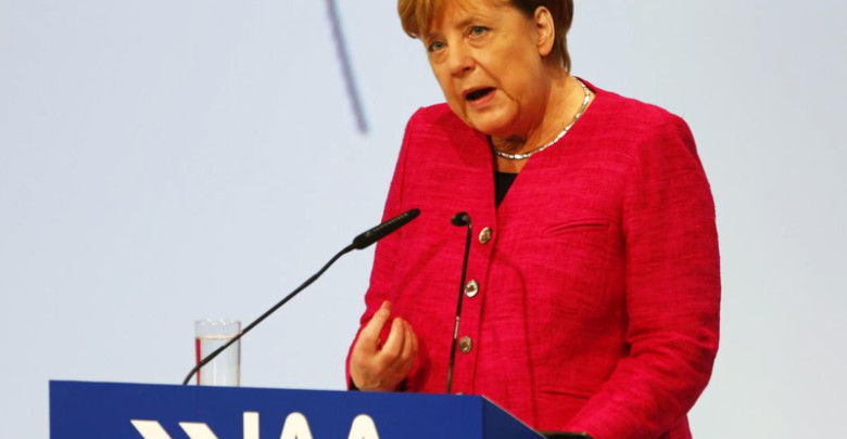 Angela Merkel: Η γερμανική αυτοκινητοβιομηχανία βρίσκεται σε κρίση εμπιστοσύνης