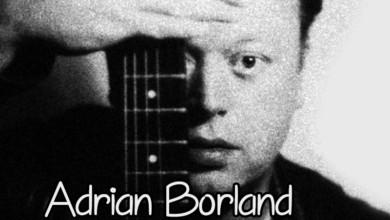Photo of Οι μουσικές ταινίες στις «Νύχτες Πρεμιέρας» με την ιστορία των Sound και του χαρισματικού ηγέτη τους Άντριαν Μπόρλαντ. (Videos)