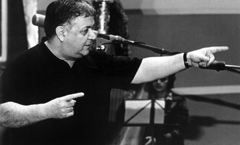 Photo of Όταν ο τεράστιος Μάνος Χατζιδάκις μίλησε για τους νέους, την παιδεία και τον φασισμό