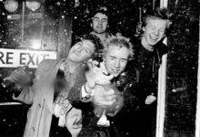 Photo of Δεκαπέντε πράγματα που πρέπει να γνωρίζουμε για τους Sex Pistols (video)