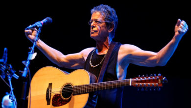Photo of Σε μία από τις τελευταίες συναυλίες του Lou Reed (video)
