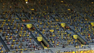 Photo of Με …αποστάσεις το «Κίτρινο Τείχος» (pic)